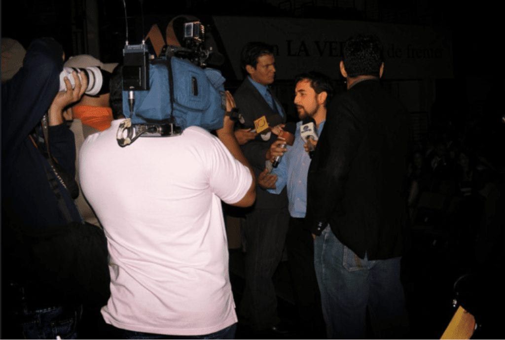 Juan Carlos entrevistado en Venezuela para la asociación de publicidad